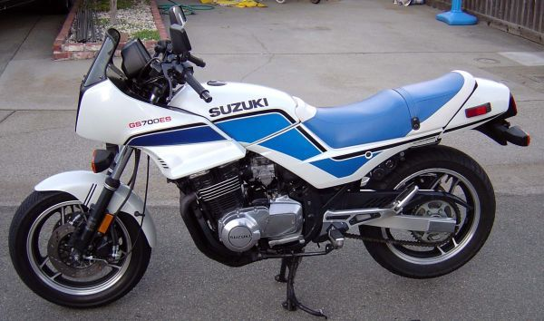 SUZUKI GS700E/ GS700ES PARTS