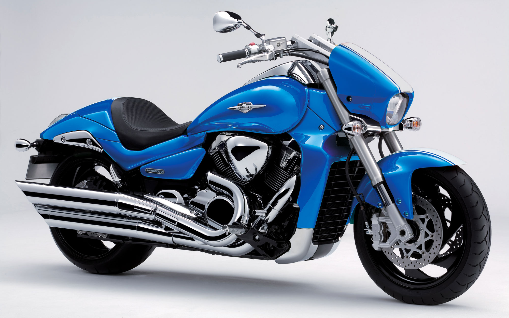 SUZUKI BOULEVARD M109R LIMITED EDITION PARTS