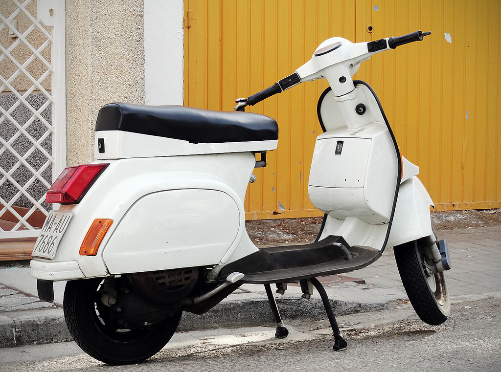 piaggio vespa case analysis The piaggio group is the leading european manufacturer of two-wheeled motor vehicles and also holds an important role in the international commercial vehicle market its portfolio includes the production of three-wheeled scooters and hybrids with more than 7,000 employees at facilities and research.