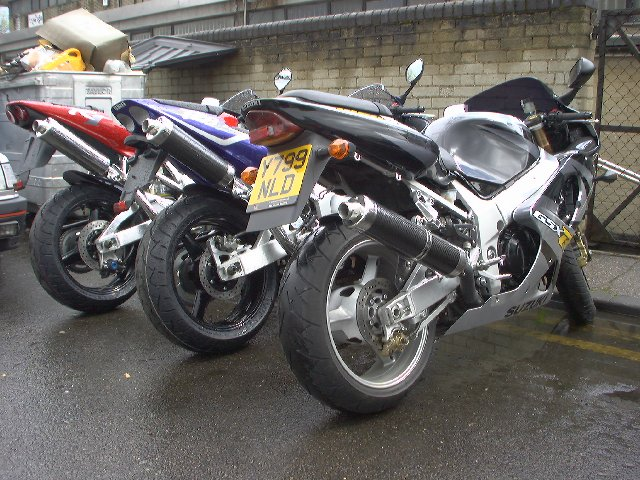 YAM R6, SUZ GSXR600 & GSXR1000 PRE- BIKE SHOW PROTOTYPE BIKES