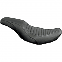 HARLEY DAVIDSON FLHR SEAT TRIPPER™ 2-UP TUCK N' ROLL STITCH